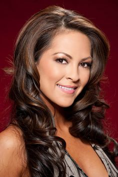Official site of the Miss Universe Competition. Exclusive photos & videos of contestants & past Miss Universe winners. Get up-to-date Competition & Beauty Queen News. Miss Hawaii, Hawaii Usa, Miss Usa, Beauty Queens, Pageant, Character Inspiration, Most Beautiful, Long Hair Styles, Heroines