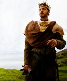 bucket list--meet the cast of Game of Thrones!! met Gethin Anthony (Renly Baratheon) at Pensacon 2014. so awesome!