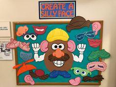 Mr. Potato Head Preschool Bulletin, Preschool Learning Activities, Infant Activities, World Bulletin Board, Interactive Bulletin Boards, Toy Story Theme, Festa Toy Story, Kids Education, Science Education