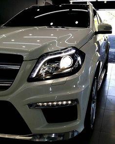 Mercedes GL63 AMG • X166 Car Game, Mercedes Benz Models, Future Car, Rolls Royce, Luxury Cars, Motors, Dream Cars, Audi, Vehicles