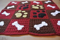 Paw prints and bones sewed onto a sweet little blanket. Perfect for a car seat or to spoil your pooch in their dog bed. Machine washable and very soft! It is 19 x 16 Can be made in a larger size and& different colors. Ask us about custom orders Diy Crochet, Crochet Crafts, Crochet Baby, Diy Crafts, Afghan Crochet Patterns, Crochet Stitches, Crochet Afghans, Knitting Projects, Crochet Projects