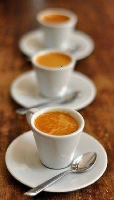=caffe' triplo Love Coffee - Makes Me Happy #coffee