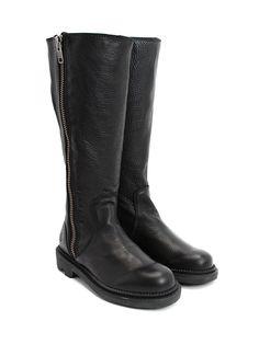 John Fluevog, basic black boot