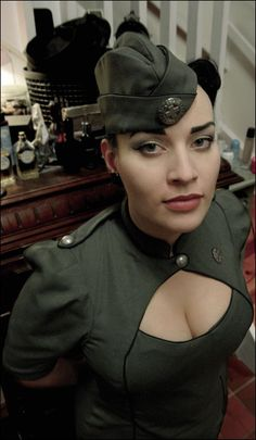 Dresscode « Clockworker – Steampunk  -- I disagree, as the garrison cap and olive drab are much more diesel, in my estimation.