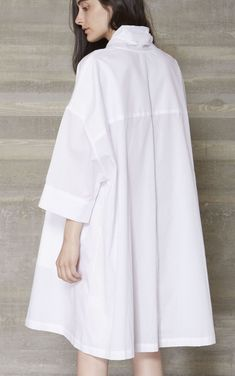 New Looks and Trends. - Luxe Fashion New Trends - Fashion for JoJo Fashion Details, Look Fashion, Hijab Fashion, Fashion Dresses, Womens Fashion, Fashion Design, Fashion Trends, Fall Fashion, Fashion Wear