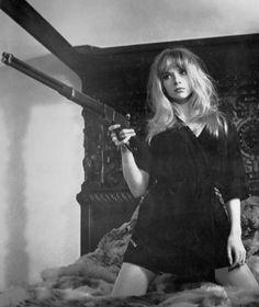 bang | girls with guns | cool | black & white | vintage photo | old | bad | rifle | blonde
