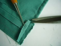 裏をつけずも裏まで美しいショッピングトートの作り方 - twins*mamaのハンドメイド生活 Handicraft, Bag Accessories, Diy And Crafts, Pouch, Sewing, Handmade, Leather, Bags, Style