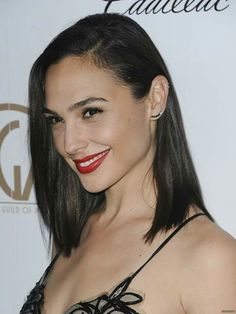 Gal Gadot at the 2018 Producers Guild Awards held at the Beverly Hilton Hotel in Beverly Hills, California, on January Gal Gardot, Gal Gadot Wonder Woman, The Beverly, Beverly Hills, Fast And Furious, Celebs, Female Celebrities, Beautiful Women, Madonna