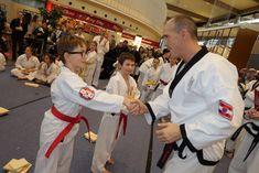 YOUNG-UNG Taekwondo G3 Kampfsport Taekwondo, Coat, Fashion, Combat Sport, Moda, Sewing Coat, Fashion Styles, Peacoats, Fashion Illustrations