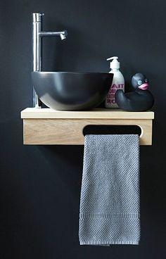 Lave-mains intemporel par LineArt