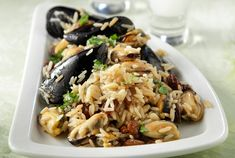 Greek Dishes, Greek Recipes, Fish And Seafood, Japchae, Fried Rice, Seafood Recipes, Pasta Salad, Food And Drink, Tasty