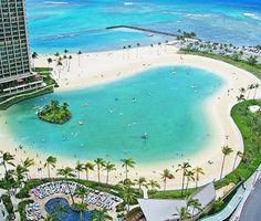 Ilikai Hotel & Luxury Suites is a Honolulu oceanfront hotel. It is located next to Waikiki Beach and mi from Hawaii Convention Center. Oahu Vacation, Vacation Destinations, Dream Vacations, Vacation Spots, Paradise Pools, Aloha Hawaii, Waikiki Beach, Aerial View, Travel Usa
