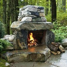 feuerstelle garten 32 The Best Backyard Fireplace Design Ideas You Must Have - Having an outdoor space is a great part of owning a home. Backyards can be small and cosy or large and Outside Fireplace, Backyard Fireplace, Fire Pit Backyard, Backyard Patio, Backyard Landscaping, Fireplace Outdoor, Backyard Seating, Backyard Ideas, Firepit Ideas