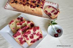Chec pufos cu visine | Savori Urbane Sweet Bread, Bread Baking, Waffles, French Toast, Food And Drink, Cooking Recipes, Sweets, Cookies, Breakfast