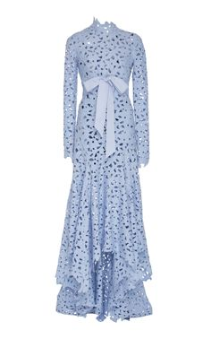 Get inspired and discover Oscar de la Renta trunkshow! Shop the latest Oscar de la Renta collection at Moda Operandi. Modest Dresses, Cute Dresses, Beautiful Dresses, Glamorous Evening Dresses, Evening Gowns, Dress Outfits, Fashion Dresses, Dress Up, Powder Blue Gown