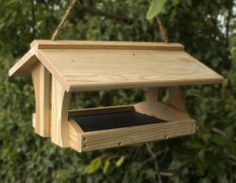 Bird Table with removable tray