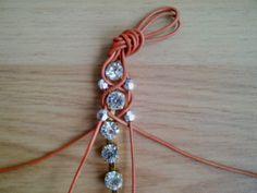 Berrilla: DIY/Rhinestone bracelet