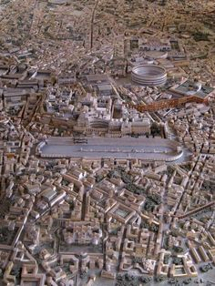 Model of Ancient Rome in the time of Constantine, designed by Italo Gismondi Architecture Antique, Ancient Greek Architecture, Roman Architecture, Historical Architecture, Ancient Ruins, Ancient Rome, Ancient Greece, Ancient History, Rome Antique