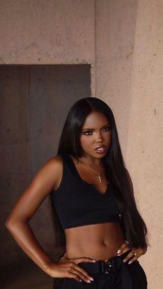 Black Girl Aesthetic, Brown Aesthetic, Pretty Black Girls, Beautiful Black Women, Black Girl Fashion, Look Fashion, Pretty People, Beautiful People, Piercing