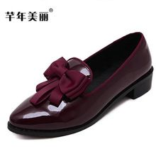 Flats female shoes 2017 autumn new Pointed head large size Bowknot red  patent leather Women Shoes size zapatos mujer obuv 894458ad0be9