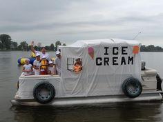 Parade Floats, Boat Parade, Lake Tapps, Swan Lake, Halloween Parade Float, Pontoons, Pontoon Boats, Party Central, Boating