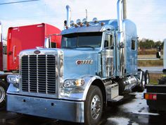 Peterbilt 389 Pride and Class - 2015 Pride and Class - interior Pet. 389 Peterbilt 389 Pride and Class L. Peterbilt 389, Peterbilt Trucks, Semi Trucks, Big Trucks, Trailers, Ranger, Buses And Trains, Mode Of Transport, Tractor