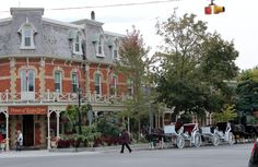 Niagara on the Lake played a vital role in the War of It was burnt down and then rebuilt by its' residents after the war. Stunning View, Ontario, Places To Travel, Street View, Adventure, Vacation, Mansions, House Styles, Image