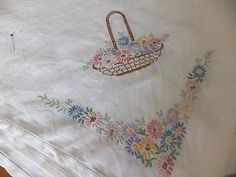 LARGE VINTAGE HAND EMBROIDERED TABLE CLOTH WITH FLORAL BASKETS & FLOWERS | eBay