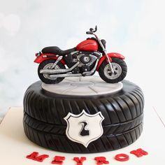 46 Ideas motorcycle cake ducati for 2019 - Cars and Motorcycles Birthday Cakes For Men, Motorcycle Birthday Cakes, Motorcycle Cake, 2 Birthday Cake, Cakes For Boys, Cake Designs For Boy, Cake Design For Men, Torta Harley Davidson, Bolo Motocross