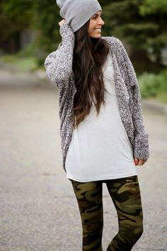 simple white tee and cardigan with camo printed leggings Casual Winter Outfits, Trendy Outfits, Summer Outfits, Camo Leggings Outfit, Camo Pants, Black Women Fashion, Womens Fashion, Lauren, Skinny