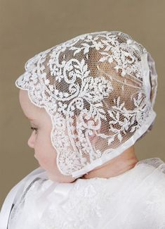 New Crochet Baby Bonnet Christening Dresses Ideas Christening Gowns For Girls, Baby Christening, Baptism Dress, Bebe Love, Blessing Dress, Baby Bonnets, Baby Gown, Linens And Lace, Heirloom Sewing