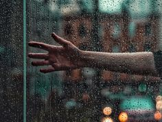 Breathtaking Outdoor Portraits by TJ Drysdale Water Drop Photography, Amazing Photography, Disney Instagram, Instagram Girls, Landscape Illustration, Illustration Art, Outdoor Portraits, Attractive Men, Art Music