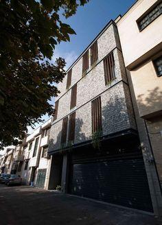 Gallery - 19 House Apartment / Ali Sodagaran + Nazanin Kazerounian - 1
