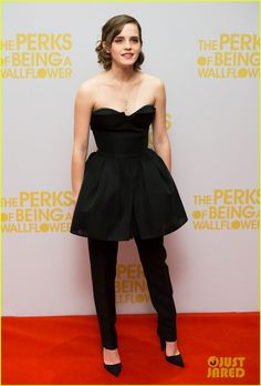 Emma Watson: 'Perks' Special Screening in London! | emma watson perks of being a wallflower special screening 04 - Photo