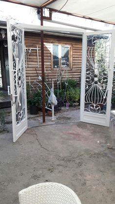 Ferforje apt giriş kapısı