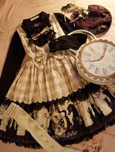 Angelic Pretty - Chess Chocolate (Ivory) Alice in Wonderland themed