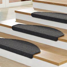 tapis d 39 escalier sur pinterest passages d 39 escaliers tapis d 39 escalier et tapis d 39 escalier. Black Bedroom Furniture Sets. Home Design Ideas