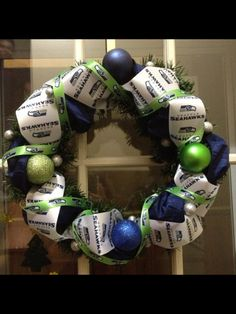 Seattle Seahawks Wreath I know a few sisters who would love this
