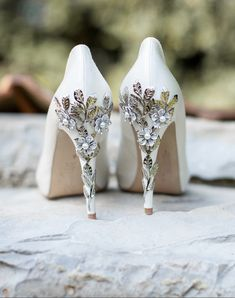 These embellished heels, which would be lovely for a fall or winter wedding. | 19 Wedding Ideas To Fall In Love With Right Now