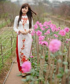 TRADITIONAL LONG DRESS - TT153 | It's not only about the dress, it's about sending a message, too :D
