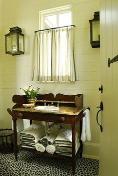 Phoebe Howard Birmingham Poolhouse bathroom