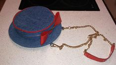 Vintage 1980s Purse Handbag Hat Shaped Linen Blue Red Zipper