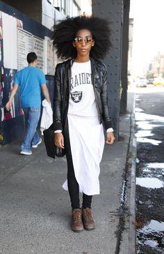 Sweatshirt Outfits - Comfy Street Style Fashion 97a1fdae8d27