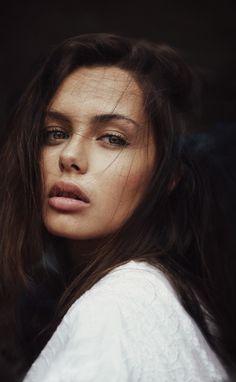 Audray by sexties - Ph: Nicolas Méphane Make up: Deborah Granowski