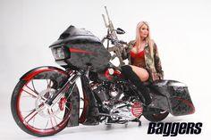 American Sniper: 2015 Harley-Davidson Road Glide   Baggers