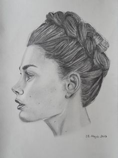 portre sanat karakalem kadın saç kulak burun göz