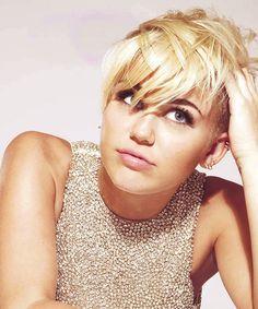 Myley Cyrus Blonde Pixie
