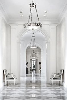 40 Amazing Marble Floor Designs For Home - HERCOTTAGE No matter what, everything should look perfect; And what is more perfect than these Amazing Marble Floor Designs for Home? Classic Interior, Home Interior, Interior Architecture, Interior And Exterior, Interior Design, Marble Floor, Tile Floor, Floor Design, House Design