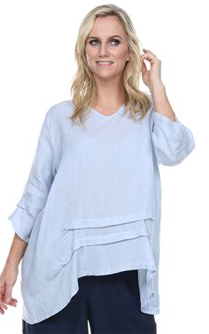 839b677635 FINAL SALE Match Point Linen V neck Top with Rimples Oversized Small only  HLT495