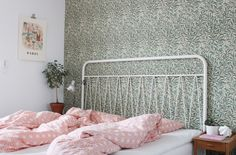 Distinctive Yet Superb Diy Headboard Ideas To Make A Bed More Appealing - Diyever Headboard Designs, Headboard Ideas, Woman Bedroom, How To Make Bed, Beautiful Bedrooms, Bed Frame, Interior Inspiration, Bedroom Decor, Interior Design